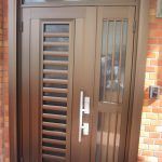 T邸 玄関ドアの取替え工事